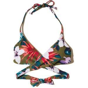 🌺 Hollister Floral Wrap Bikini Top